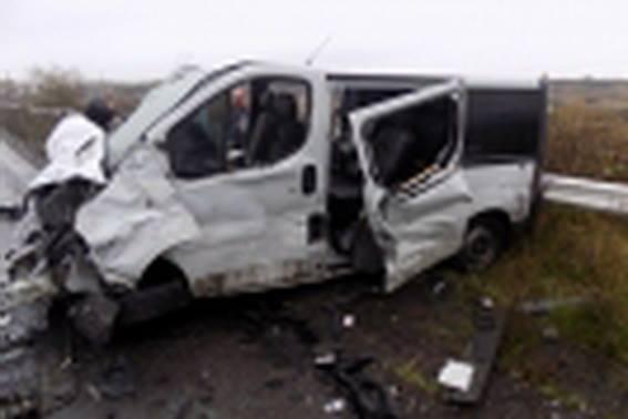 """У Хусті на об'їзній дорозі зіткнулись """"лоб у лоб"""" """"Фольксваген"""" та """"Опель"""": є загиблий та 2-є травмованих (ФОТО) , фото-2"""