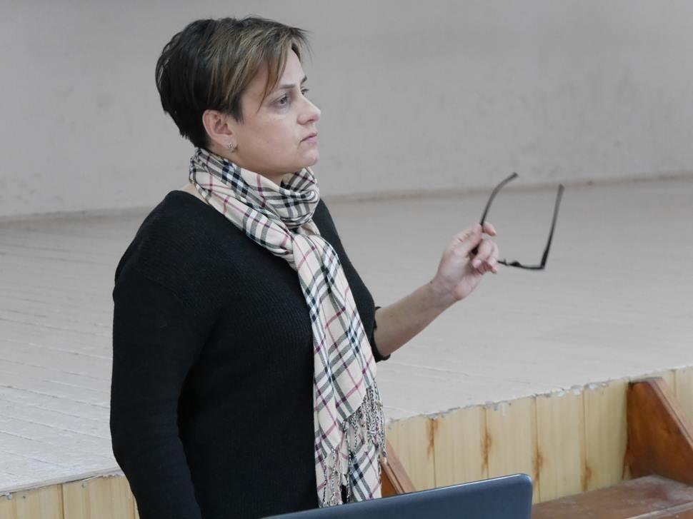 """В Ужгороді педагоги міста та представники влади говорили про інцидент у 9-й школі та Закон """"Про освіту"""": фото, фото-4"""