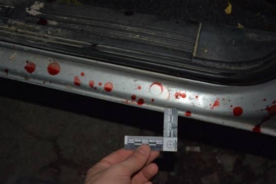 """На Мукачівщині чоловік, який """"сидів"""" за вбивство, порізав двох людей: фото, фото-1"""