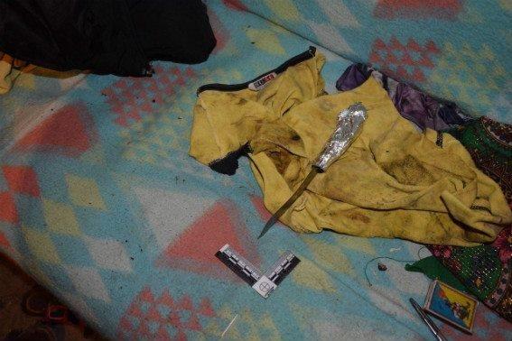 """На Мукачівщині чоловік, який """"сидів"""" за вбивство, порізав двох людей: фото, фото-2"""