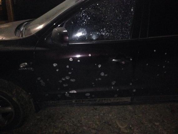 Вибух у Виноградові: невідомі кинули гранату в автомобіль митника-хабарника (ФОТО), фото-1