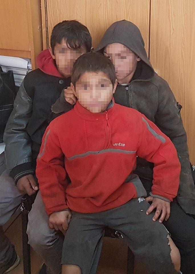 В Ужгороді соцслужби спіймали 7-х малих ромів, які жебракували, і передали їх у притулок: фото, фото-3