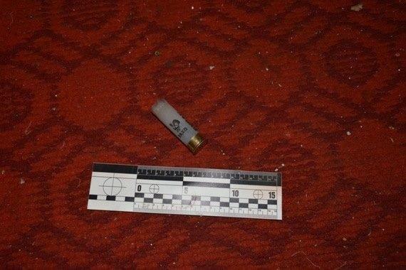 На Закарпатті чоловік задушив свою співмешканку, а потім застрелився із рушниці: фото, фото-4