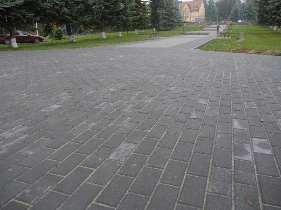 Монумент Героям АТО та капремонт за 1 мільйон гривень: в Ужгороді завершують роботи на Пагорбі Слави (фото), фото-4