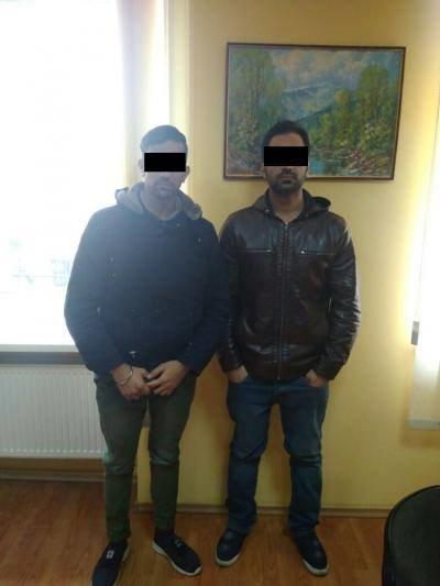 В Ужгороді поблизу кордону зі Словаччиною затримали 5-х нелегалів з Індії та пакистанця: фото, фото-1