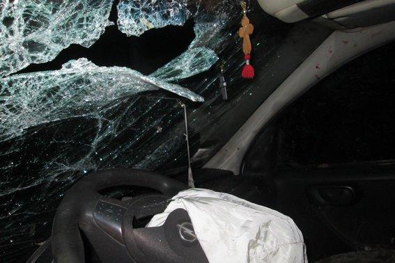 """На Тячівщині 27-річний чоловік на """"Опелі"""" врізався у бетонну плиту: водій - у комі, пасажир травмований (ФОТО), фото-4"""