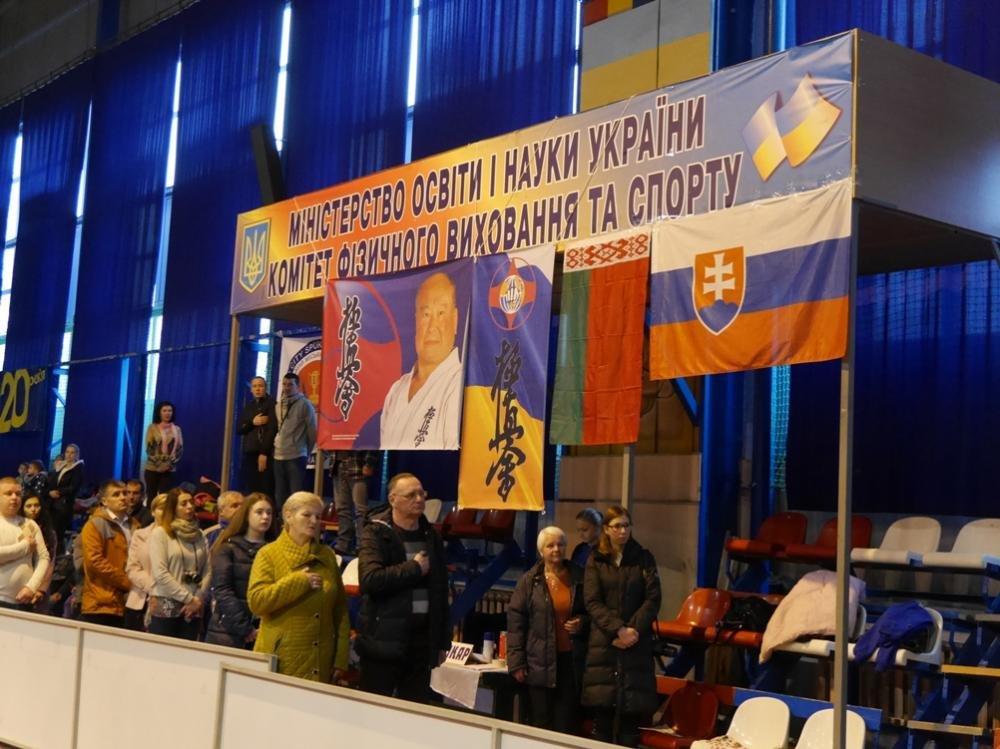 В Ужгороді  стартував  IX Міжнародний та відкритий чемпіонат Закарпаття з кіокушінкай карате: фото, фото-3