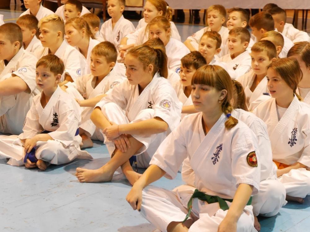 В Ужгороді  стартував  IX Міжнародний та відкритий чемпіонат Закарпаття з кіокушінкай карате: фото, фото-7
