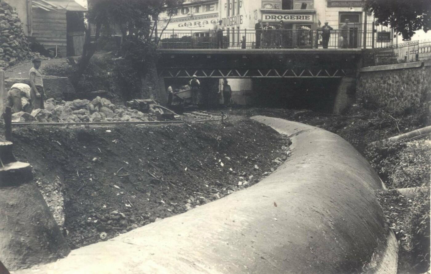 Як у 1936-у році в Ужгороді засипали Малий Уж: фото, фото-1