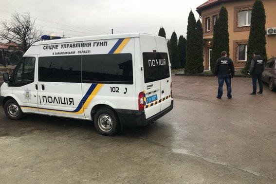 На Закарпатті поліція вийшла на слід організаторів незаконної переправи мігрантів: фото, фото-1