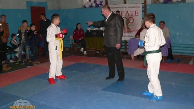 У Мукачеві відбувся  чемпіонат Закарпаття з Шотокан карате: фото, фото-2