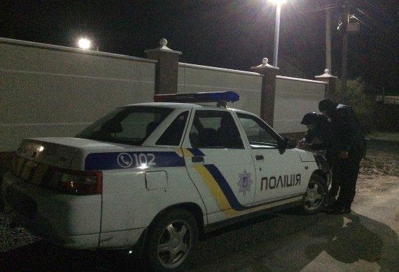 В Мукачеві у дворі приватного будинку пролунав вибух: фото, фото-3