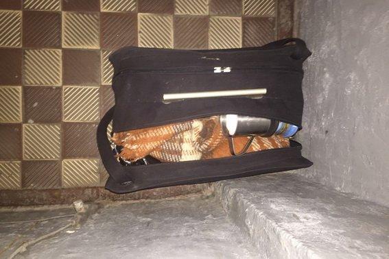 На залізничному вокзалі Мукачева евакуювали 30-х осіб: на станції знайшли підозрілу чорну сумку (ФОТО), фото-1