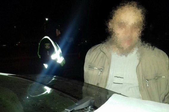 В Ужгороді на Капушанській чоловік вистрелив з пневматичного пістолета в дитину та 24-річного хлопця (ФОТО), фото-1