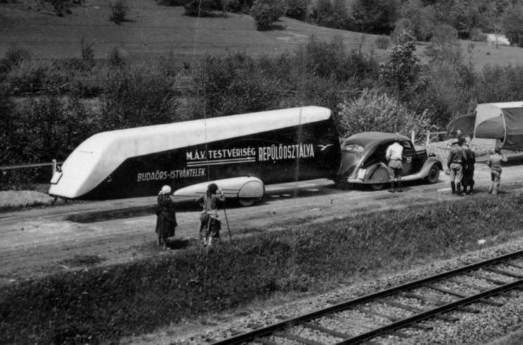 Як 80 років тому закарпатськими дорогами курсували літальні апарати (ФОТО), фото-2