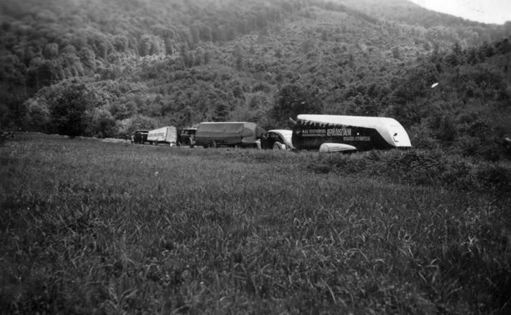 Як 80 років тому закарпатськими дорогами курсували літальні апарати (ФОТО), фото-3