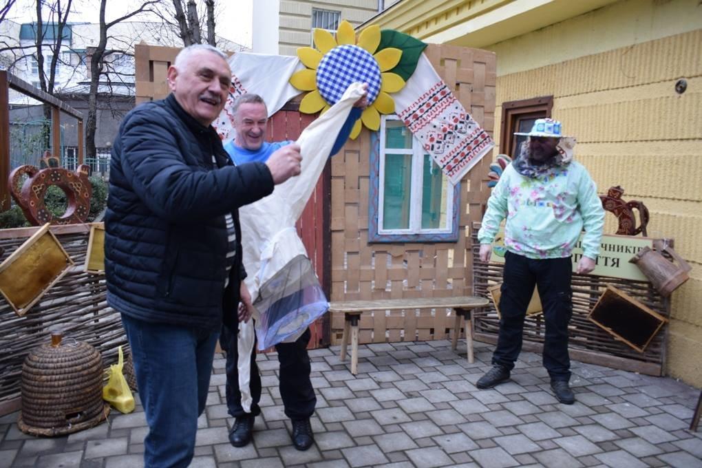 В Ужгороді на набережній Незалежності стартував «Медовуха-фест» (ФОТОРЕПОРТАЖ), фото-8