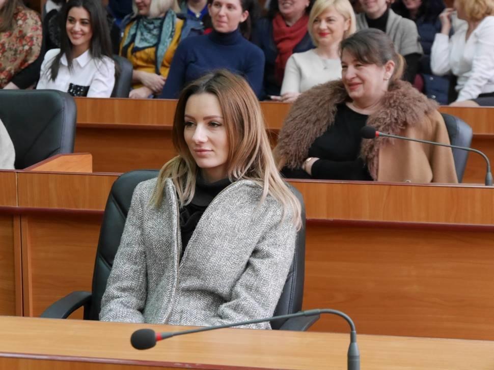 Андріїв з відпустки зателефонував в ужгородську мерію, щоб привітати жінок, які залишилися на роботі (ФОТО), фото-3