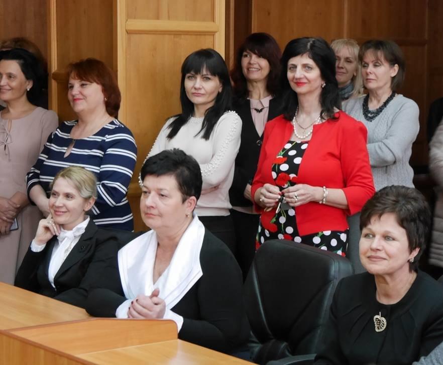 Андріїв з відпустки зателефонував в ужгородську мерію, щоб привітати жінок, які залишилися на роботі (ФОТО), фото-1