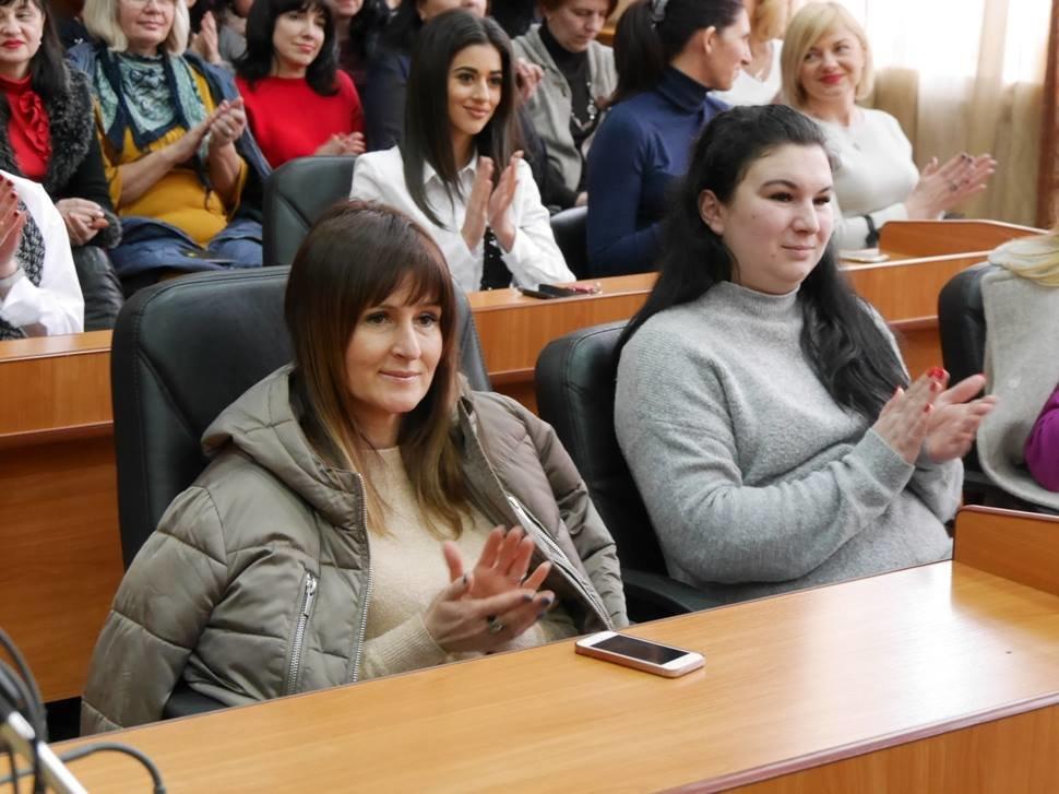 Андріїв з відпустки зателефонував в ужгородську мерію, щоб привітати жінок, які залишилися на роботі (ФОТО), фото-5