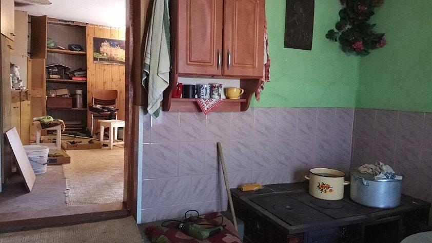 Троє дітей - у реанімації, один хлопець помер: в Ужгороді та Виноградові люди отруюються невідомою речовиною (ФОТО, ВІДЕО), фото-1