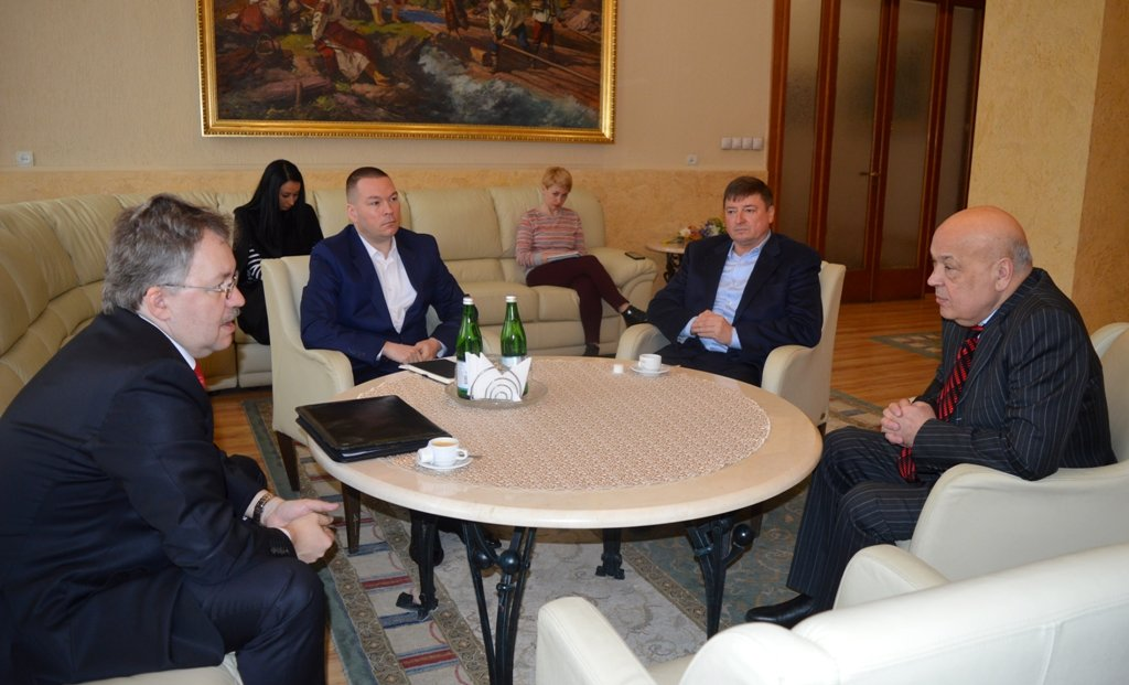 З Ужгорода можна буде полетіти в Туреччину: словацька компанія хоче взяти в концесію наш аеропорт (ФОТО), фото-1