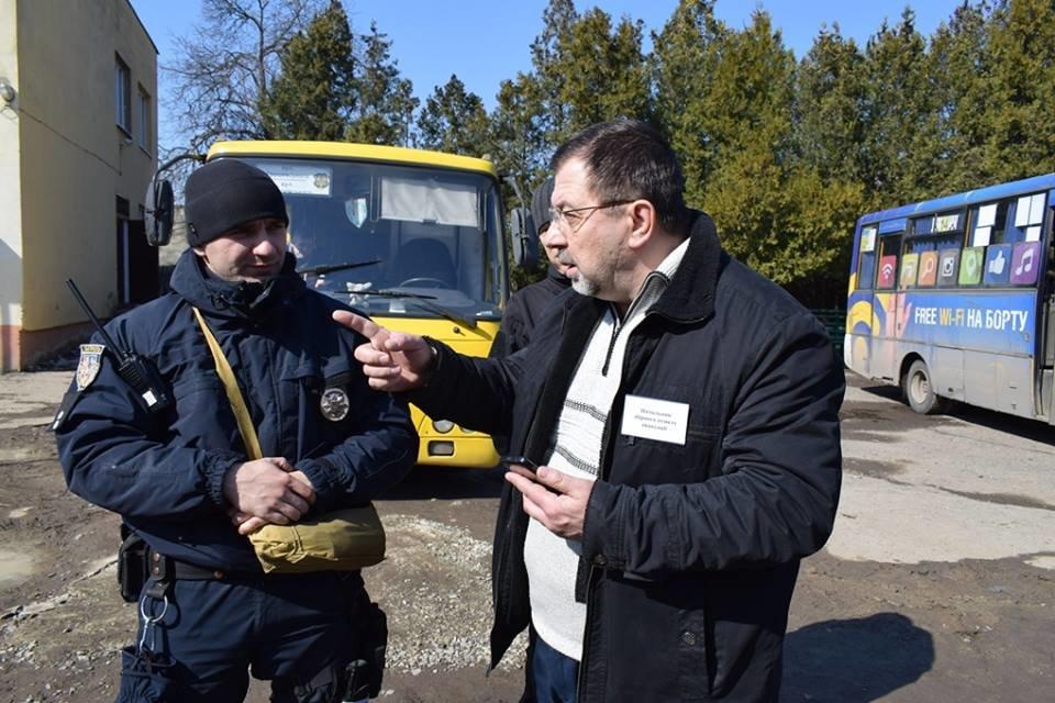 """Навчання в Ужгороді: через витік хлору на """"Водоканалі"""" евакуювали 335 людей, постраждало двоє працівників  (ФОТОРЕПОРТАЖ), фото-7"""