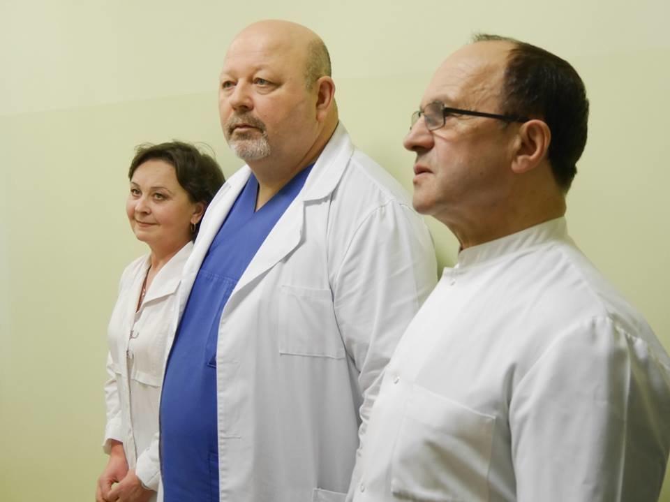35 років без ремонту: у стерилізаційне відділення міської лікарні Ужгорода вклали майже мільйон гривень (ФОТО), фото-1