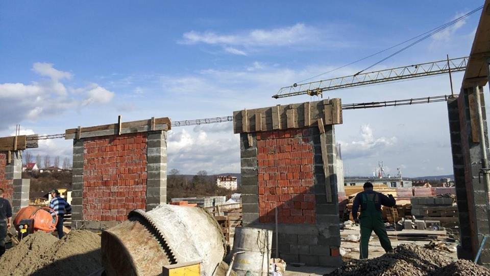 Квартир не буде: в Ужгороді забудовника змусили демонтувати 8-й поверх (ФОТО), фото-6
