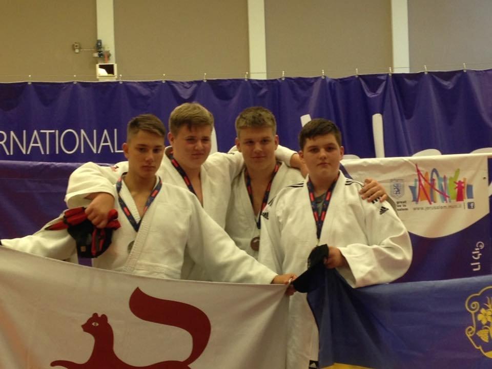 Ужгородська команда юних спортсменів привезла 4 медалі з Міжнародних дитячих ігор (ФОТО), фото-1