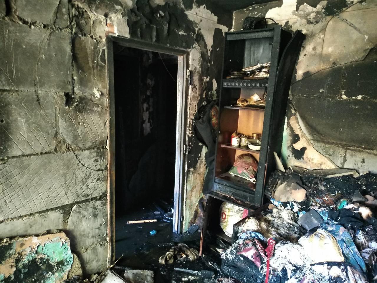 Пожежа в п'ятиповерхівці на Можайського: врятовано 4-х мешканців, серед яких 2-є неповнолітні (ФОТО), фото-5