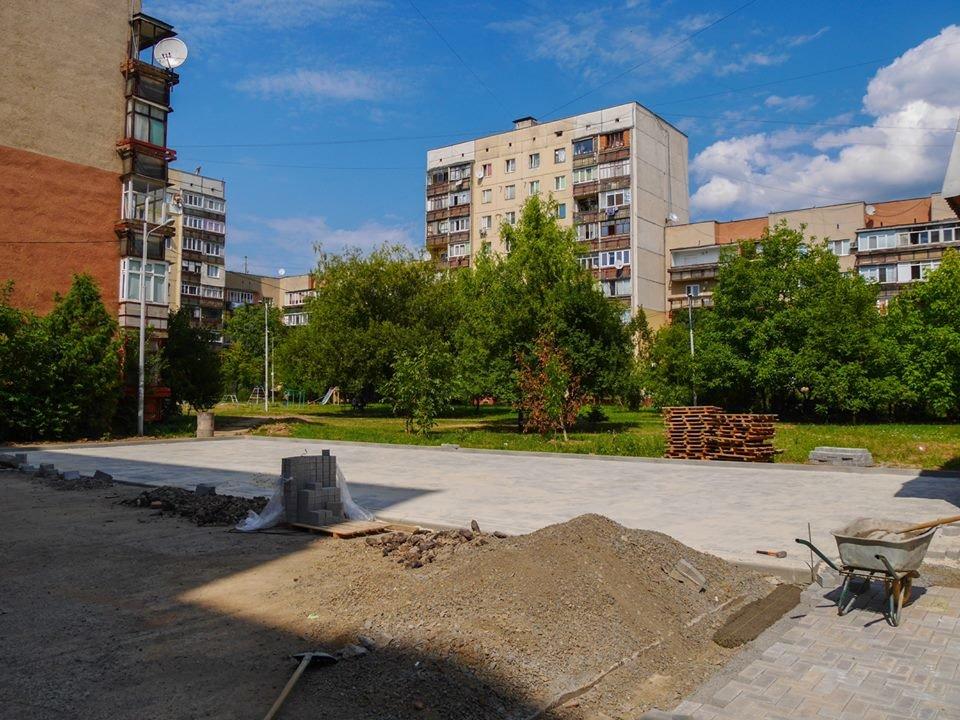 В Ужгороді за 285 тисяч гривень відремонтують один із дворів на Легоцького (ФОТО), фото-3