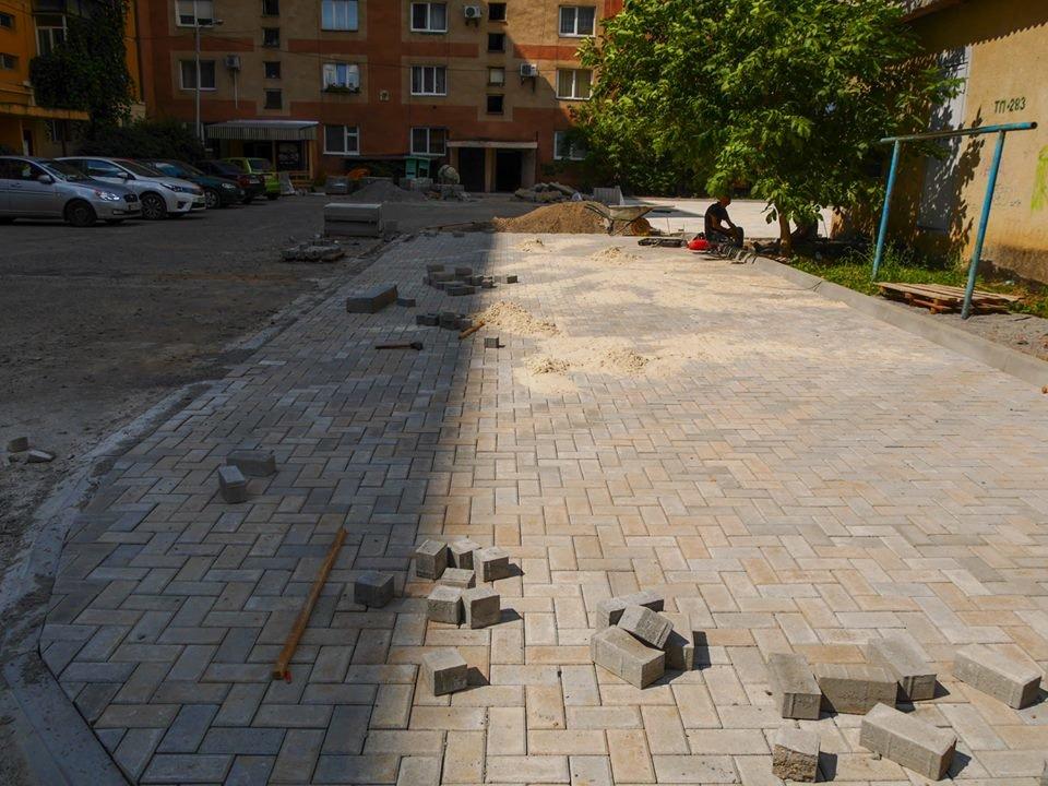 В Ужгороді за 285 тисяч гривень відремонтують один із дворів на Легоцького (ФОТО), фото-2