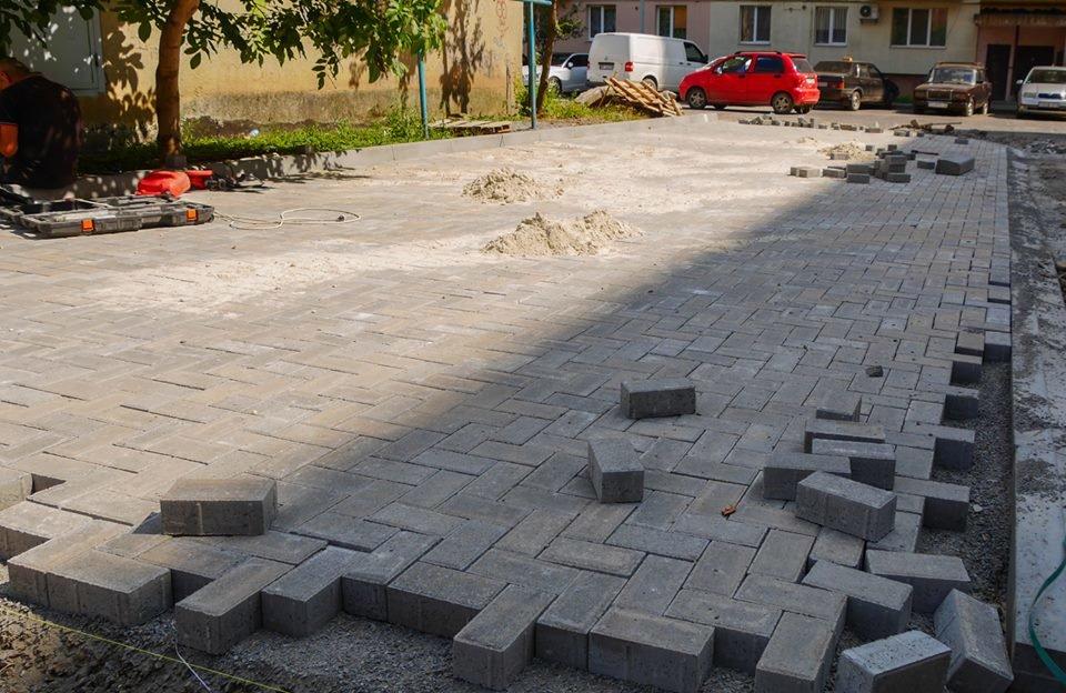 В Ужгороді за 285 тисяч гривень відремонтують один із дворів на Легоцького (ФОТО), фото-4