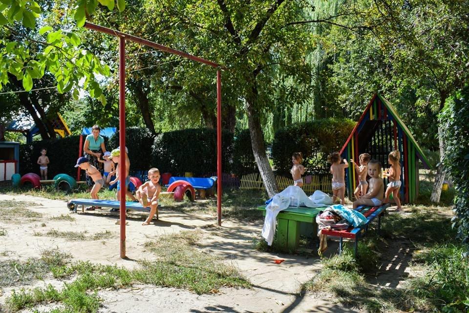 В Ужгороді проінспектували виконання ремонтних робіт у ДНЗ №30 (ФОТО), фото-2