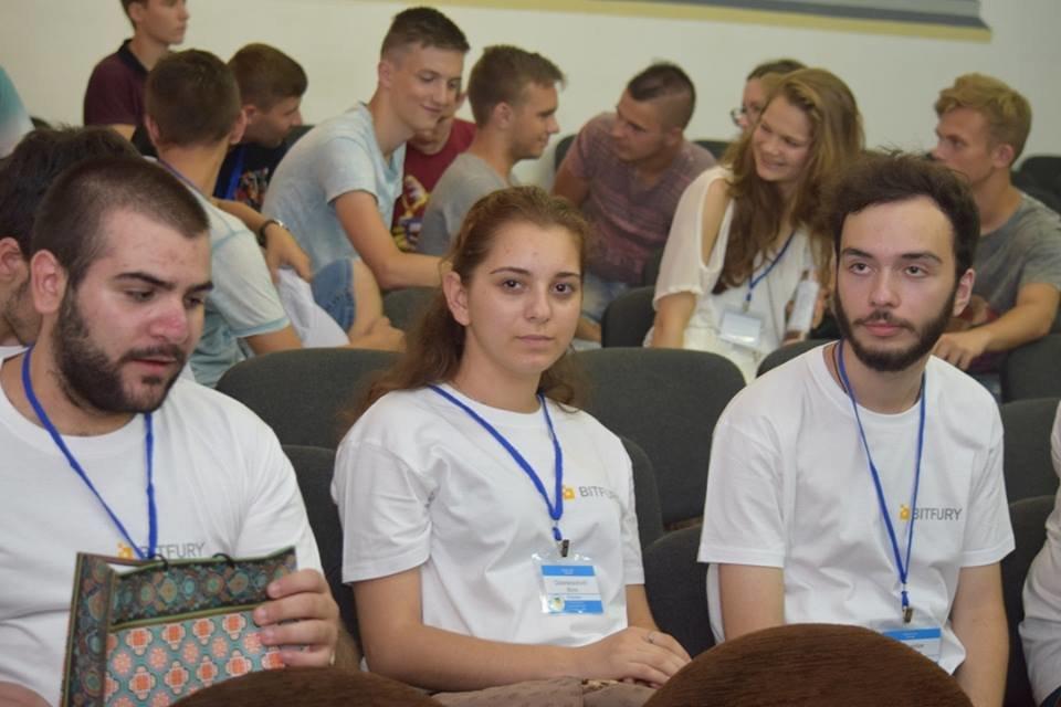 Молоді програмісти з вишів України та Грузії: в Ужгороді стартувала Літня школа з програмування (ФОТО), фото-2