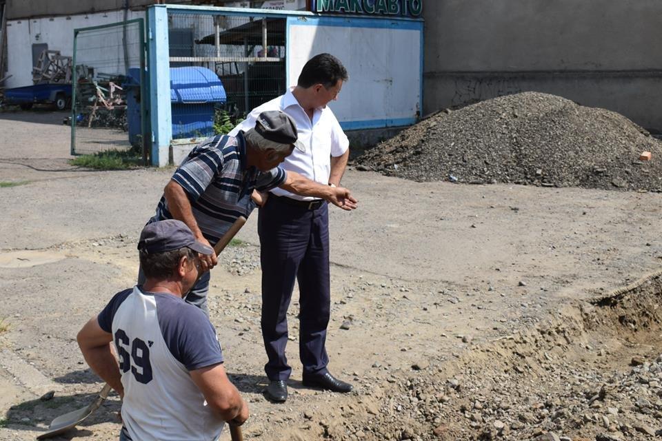 Ужгородська мерія проінспектувала на якому етапі капітальний ремонт на Шумній (ФОТО), фото-4