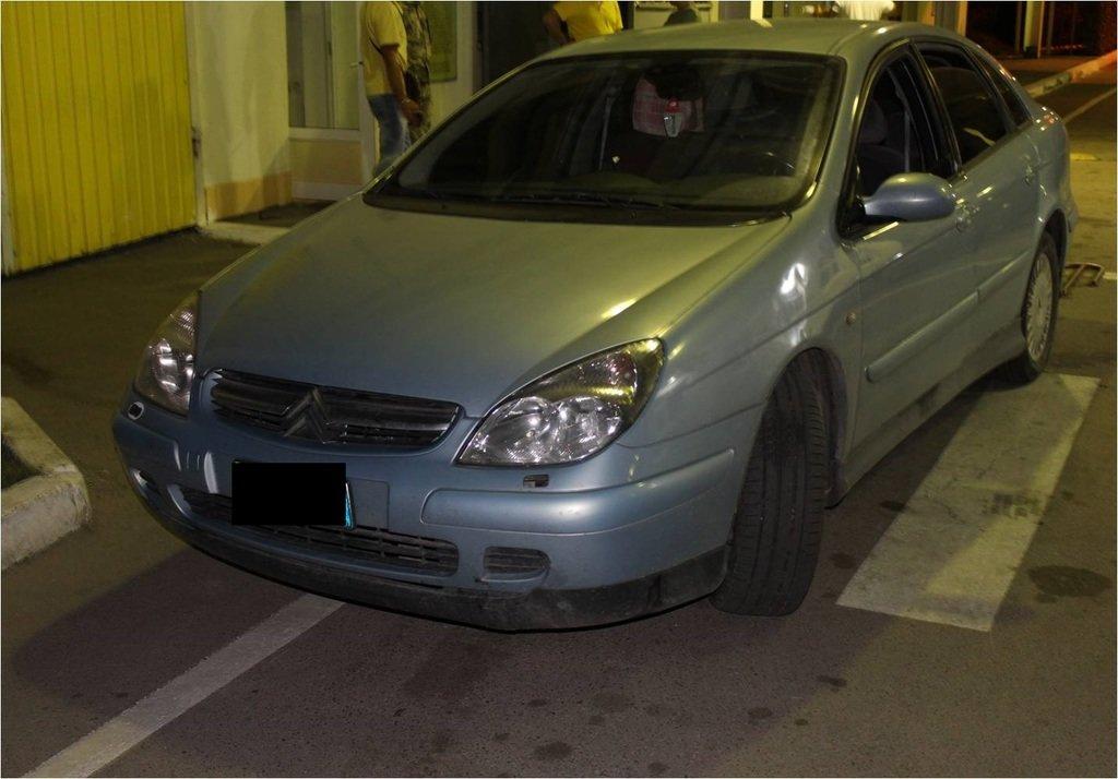 """На КПП """"Солотвино"""" прикордонники затримали «CITROEN», викрадений в Італії (ФОТО), фото-3"""