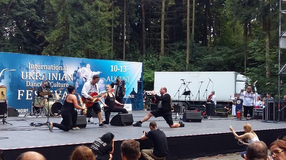 Фольклорно-етнографічний ансамбль «Ужгород» виступив на Міжнародному Фестивалі у Львові (ФОТО), фото-9