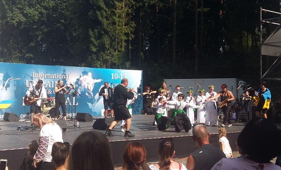 Фольклорно-етнографічний ансамбль «Ужгород» виступив на Міжнародному Фестивалі у Львові (ФОТО), фото-8
