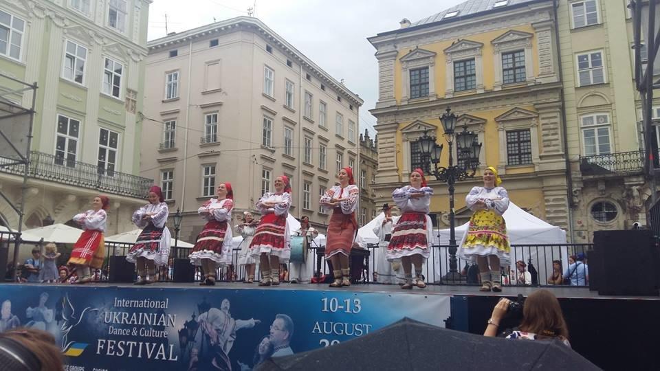 Фольклорно-етнографічний ансамбль «Ужгород» виступив на Міжнародному Фестивалі у Львові (ФОТО), фото-12