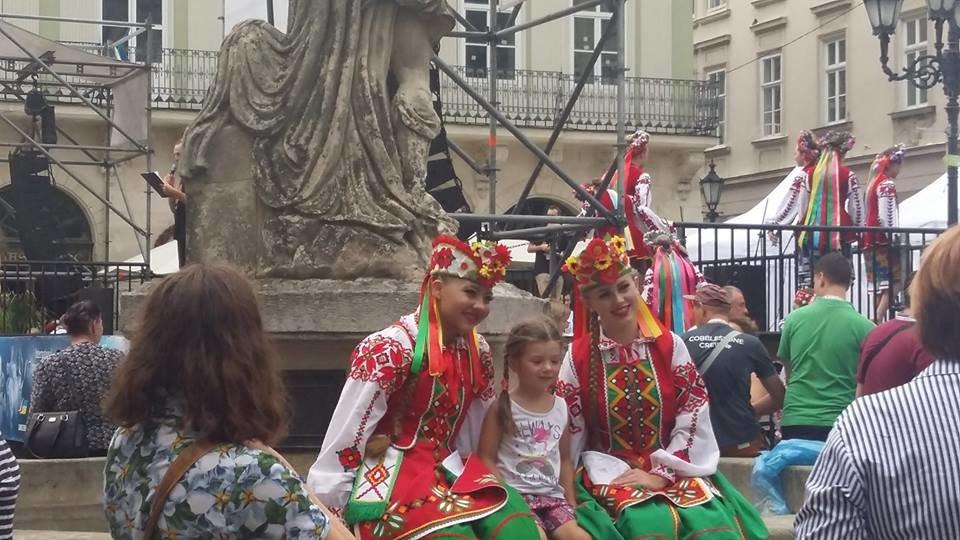 Фольклорно-етнографічний ансамбль «Ужгород» виступив на Міжнародному Фестивалі у Львові (ФОТО), фото-14