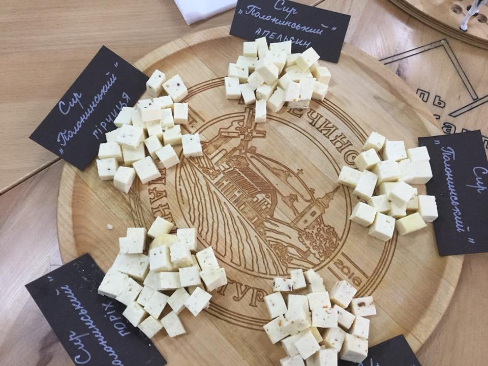 18 серпня містян та туристів запрошують в Ужгородський скансен на дегустацію сирів та вільну кузню (АНОНС), фото-9