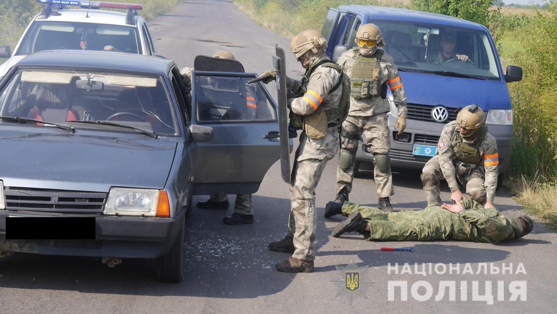 Авіація, спецназ та вибухотехніки: на Закарпатті пройшли масштабні антитерористичні навчання (ФОТО, ВІДЕО), фото-10