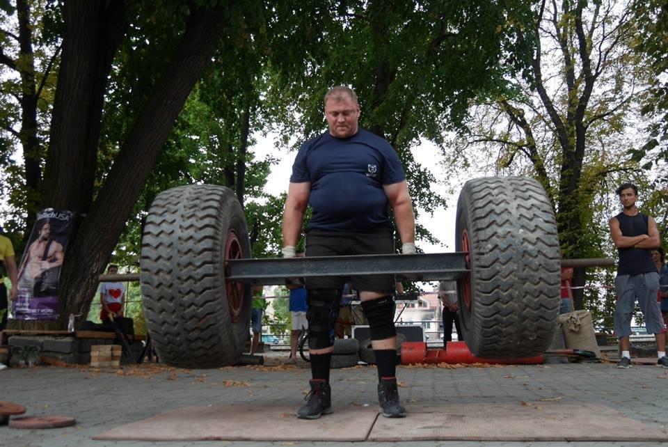 У центрі Ужгорода змагалися силачі (ФОТОРЕПОРТАЖ), фото-9