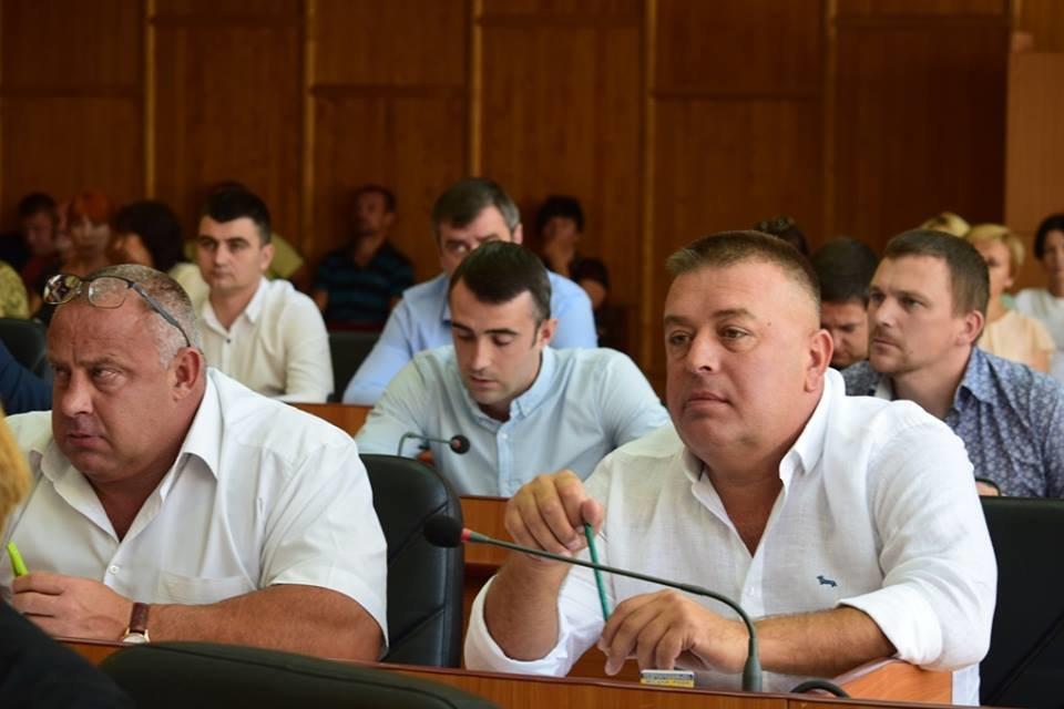 В Ужгороді пройшла сесія міської ради (ОНОВЛЕНО, ФОТО), фото-1