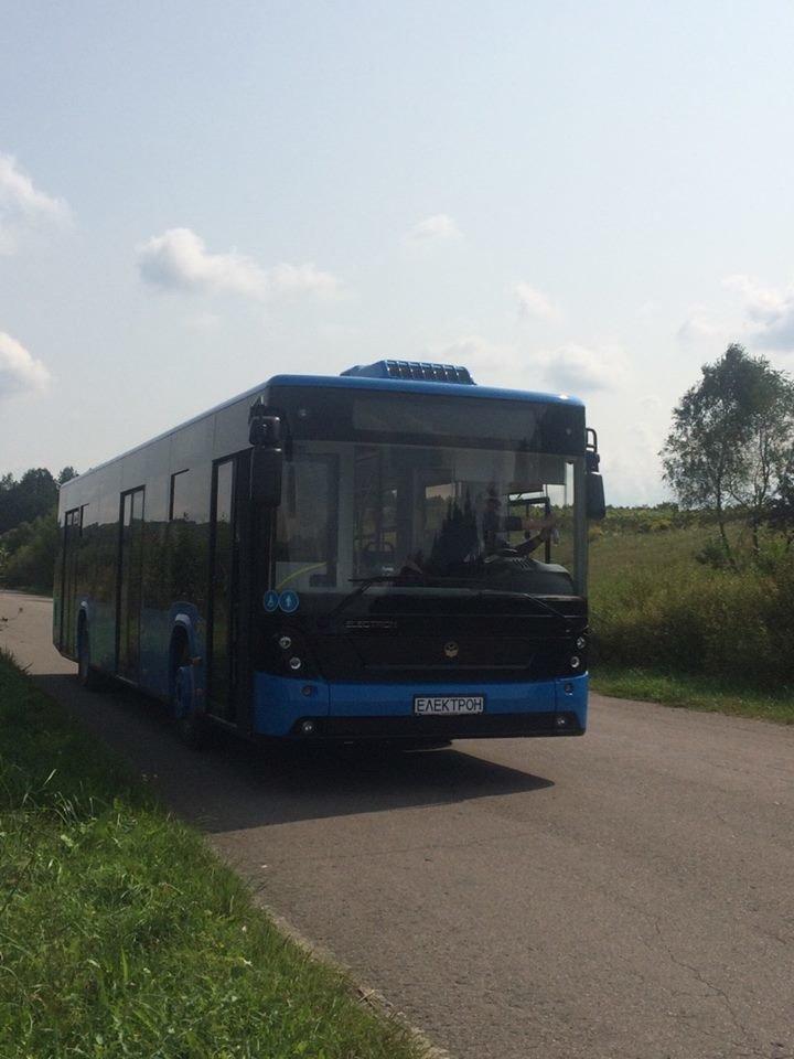 """В Ужгороді через 2 тижні їздитимуть 10 нових автобусів """"Електрон"""" синього кольору (ФОТО), фото-4"""