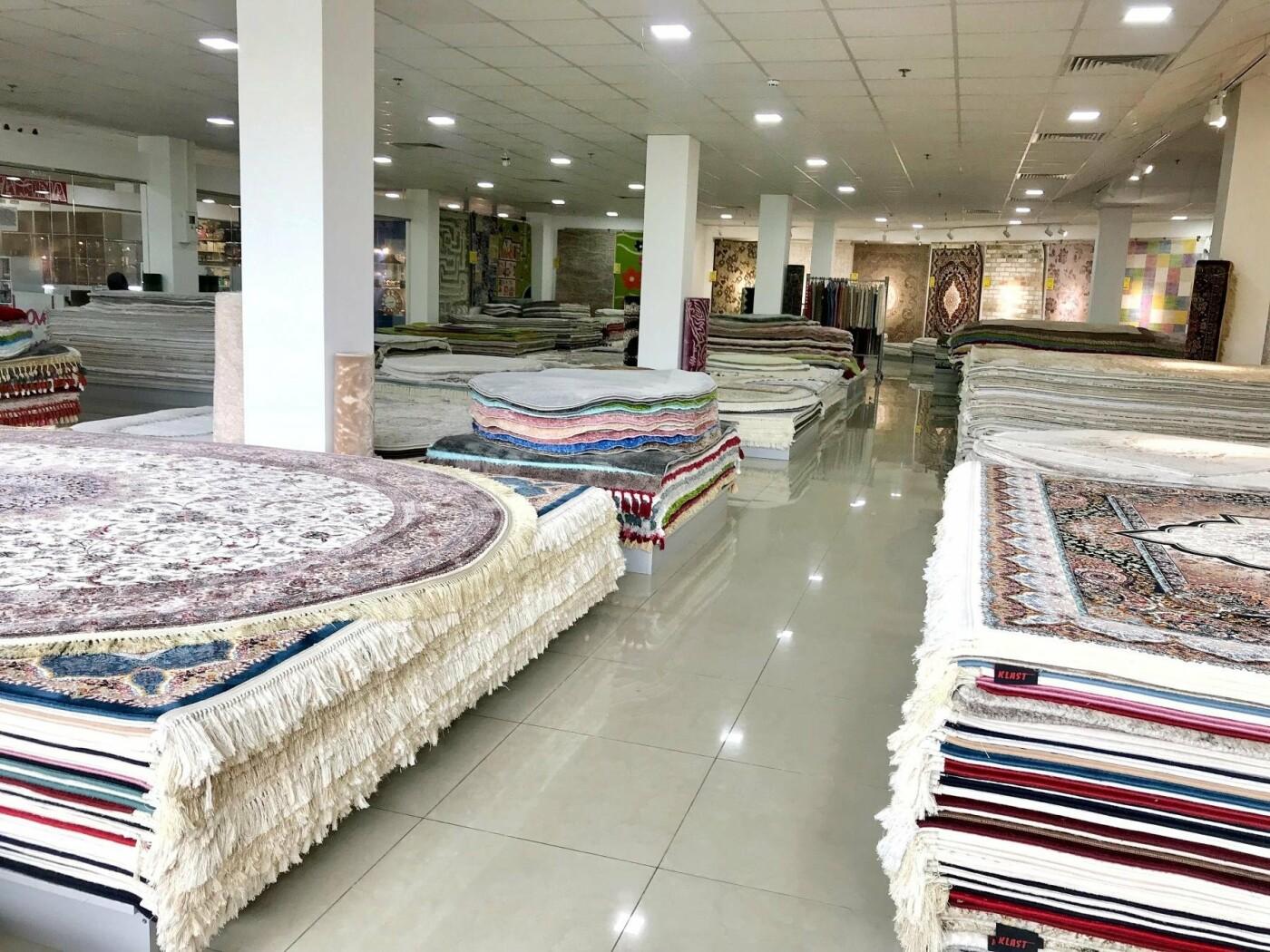 Ужгородці та гості нашого міста радійте! «Килимовий Ярмарок» роздає килими!, фото-2