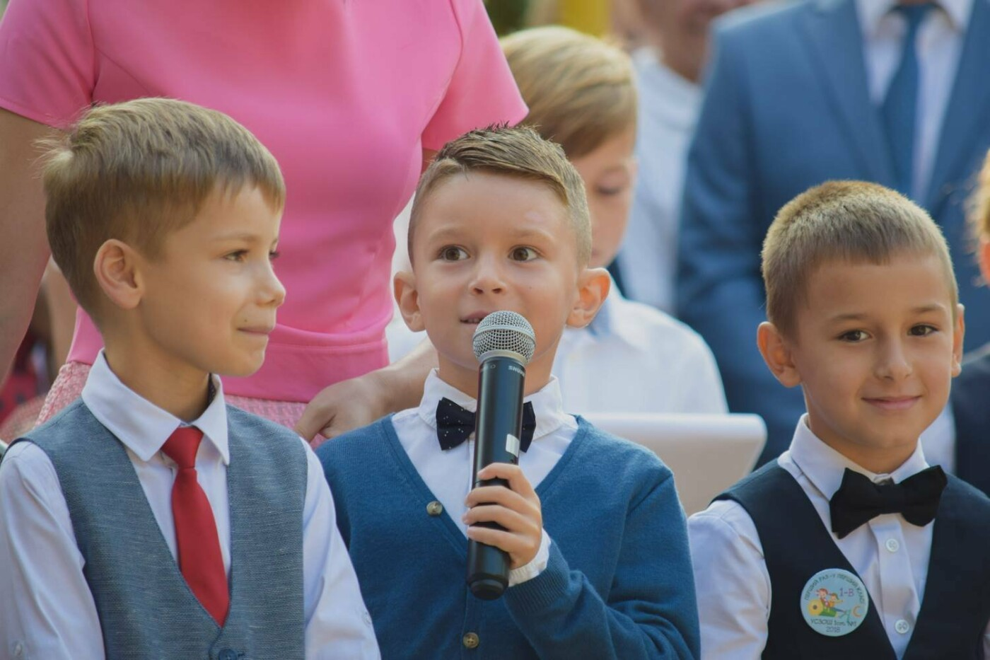 Перший раз у перший клас: Ужгород святкує 1 вересня (ОНОВЛЕНО, ФОТО), фото-11