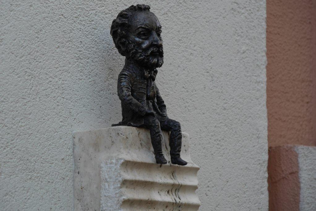 Директор Національної угорської опери відкрив в Ужгороді міні-скульптурку Ференца Еркеля (ФОТО), фото-4